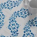 WOW — Blanc Et Bleu Antique Décor 2